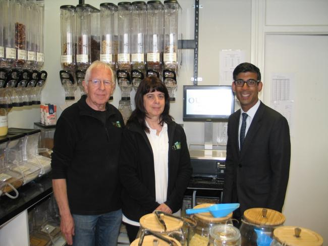 Rishi Sunak with Roger and Janet Nutting in Out of the Box, Richmond