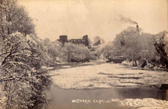 Barnard Castle, c. 1920 and the frozen River Tees
