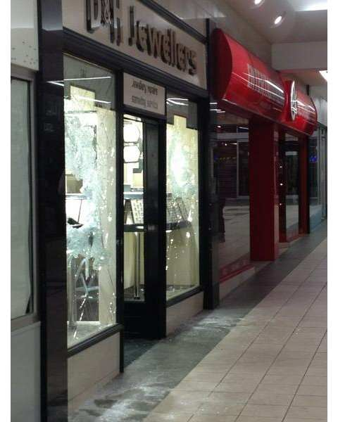 Raiders hunted after sledgehammer and machete attack on Darlington jewellers