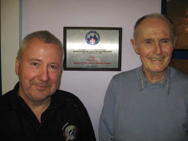 ALL CHANGE: New team leader Pete Bell with Chris Scott.