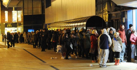 Fans queue for chance to see James Arthur