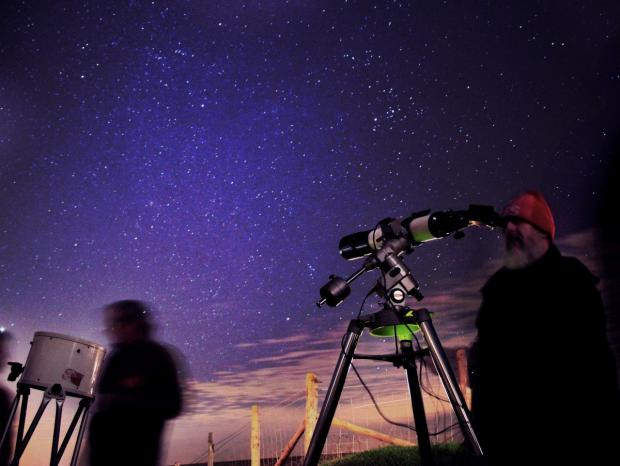 January is a good time for admiring and photographing the night sky