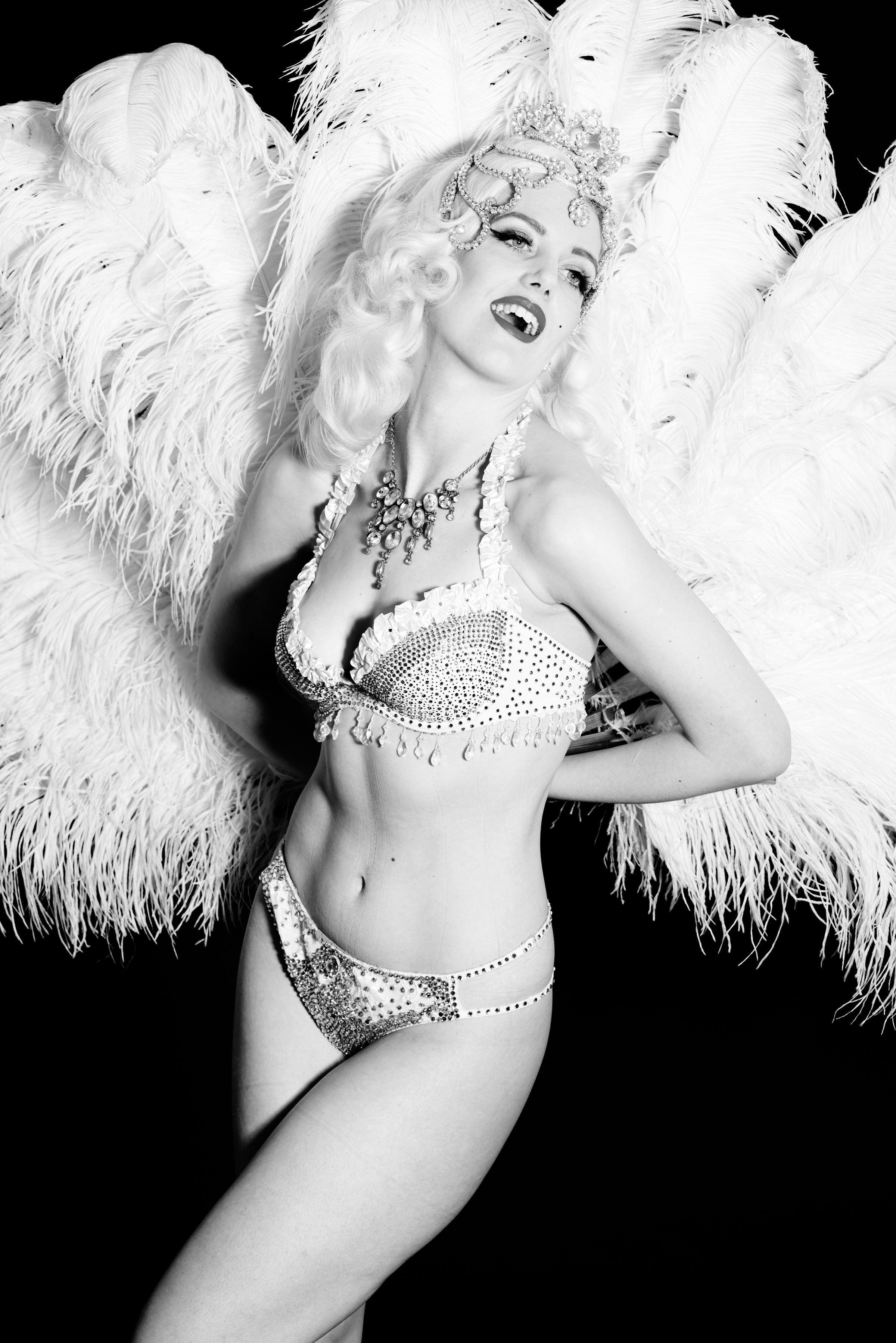 Burlesque performer Frankii Wilde photographed Keith Moss