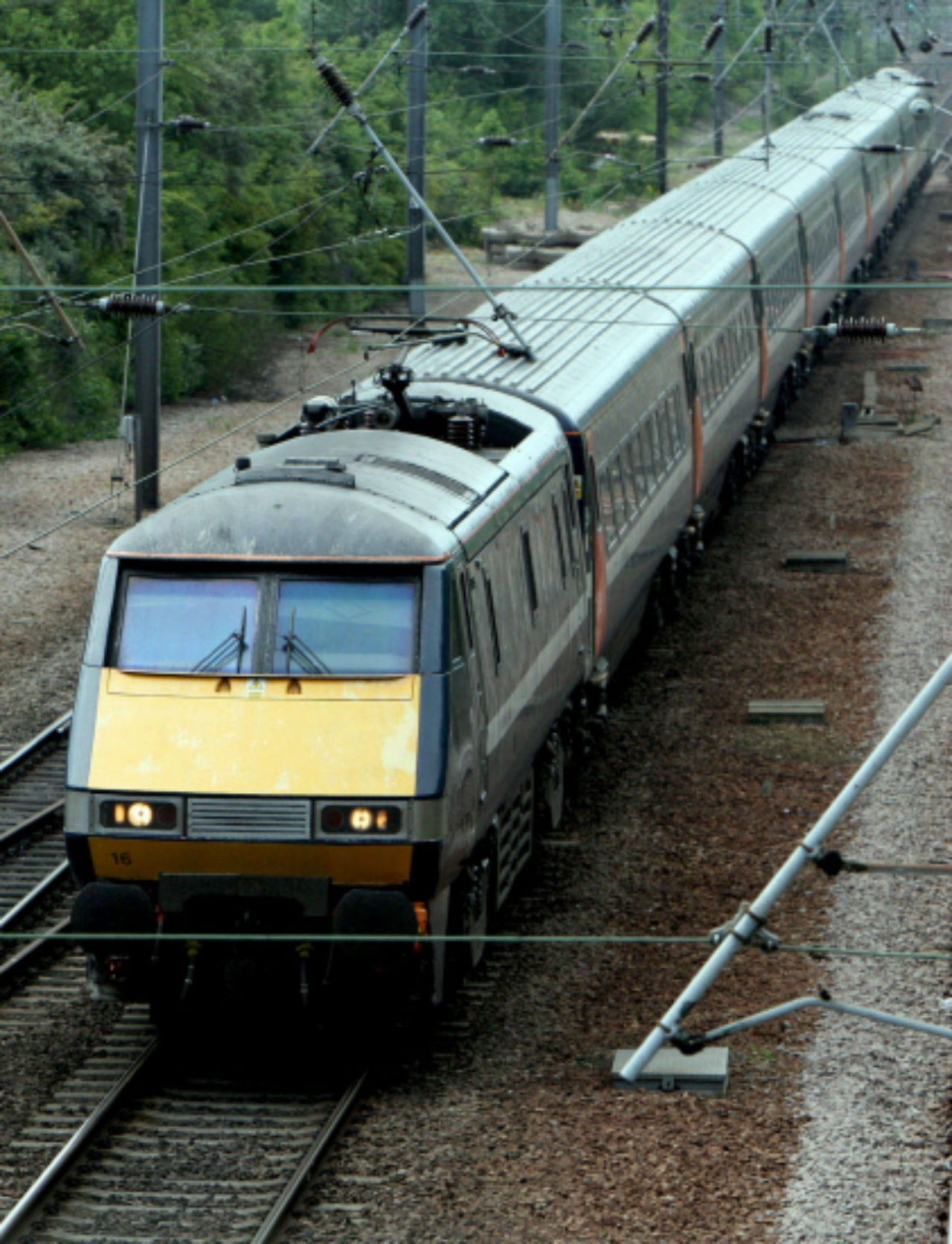 East Coast Main Line: Three bidders interested in line franchise