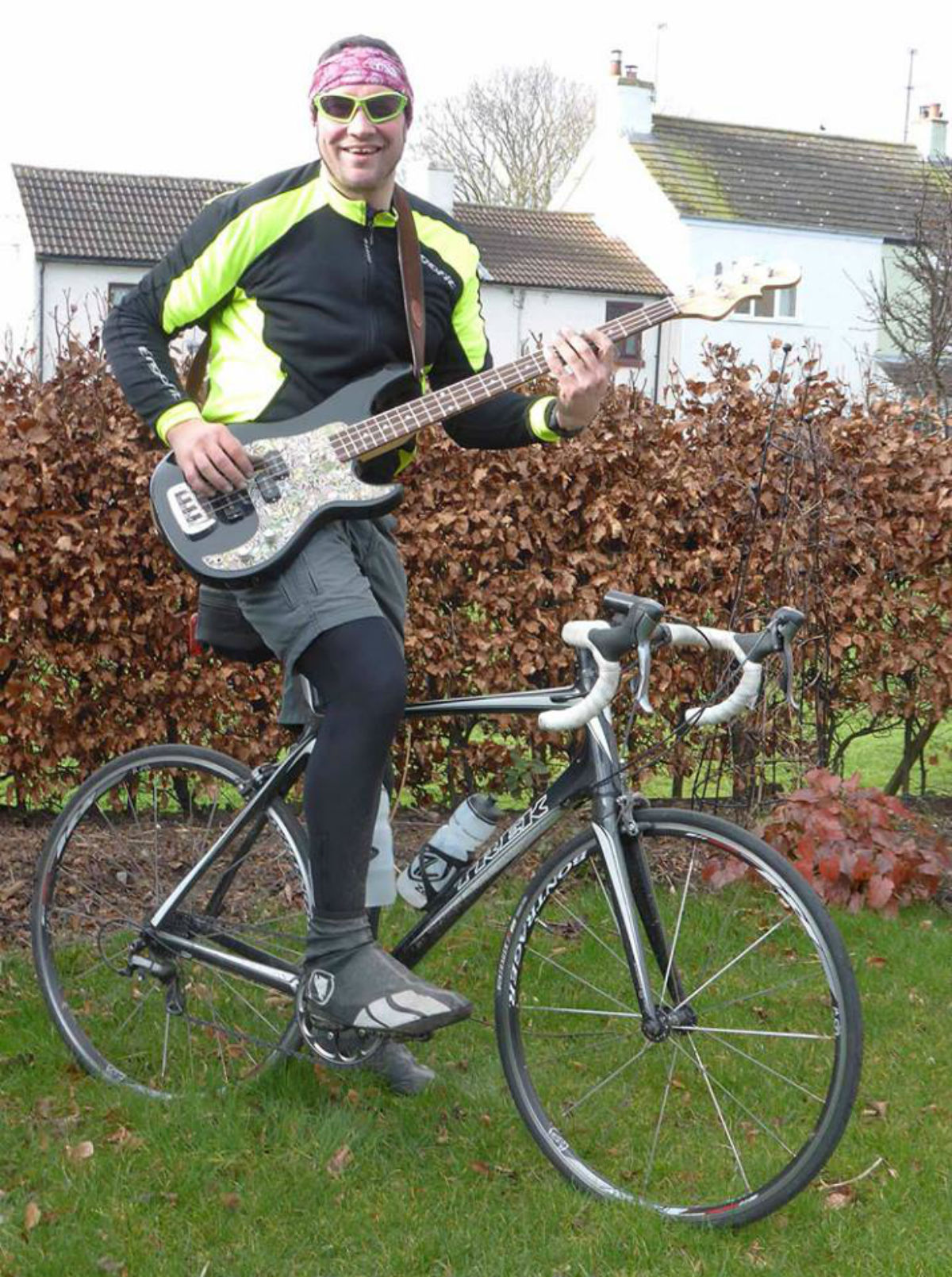 CHARITABLE RIDE: Mark Stokes, who will cycle 110 miles before playing at a fundraising show for Gaby Alderson.
