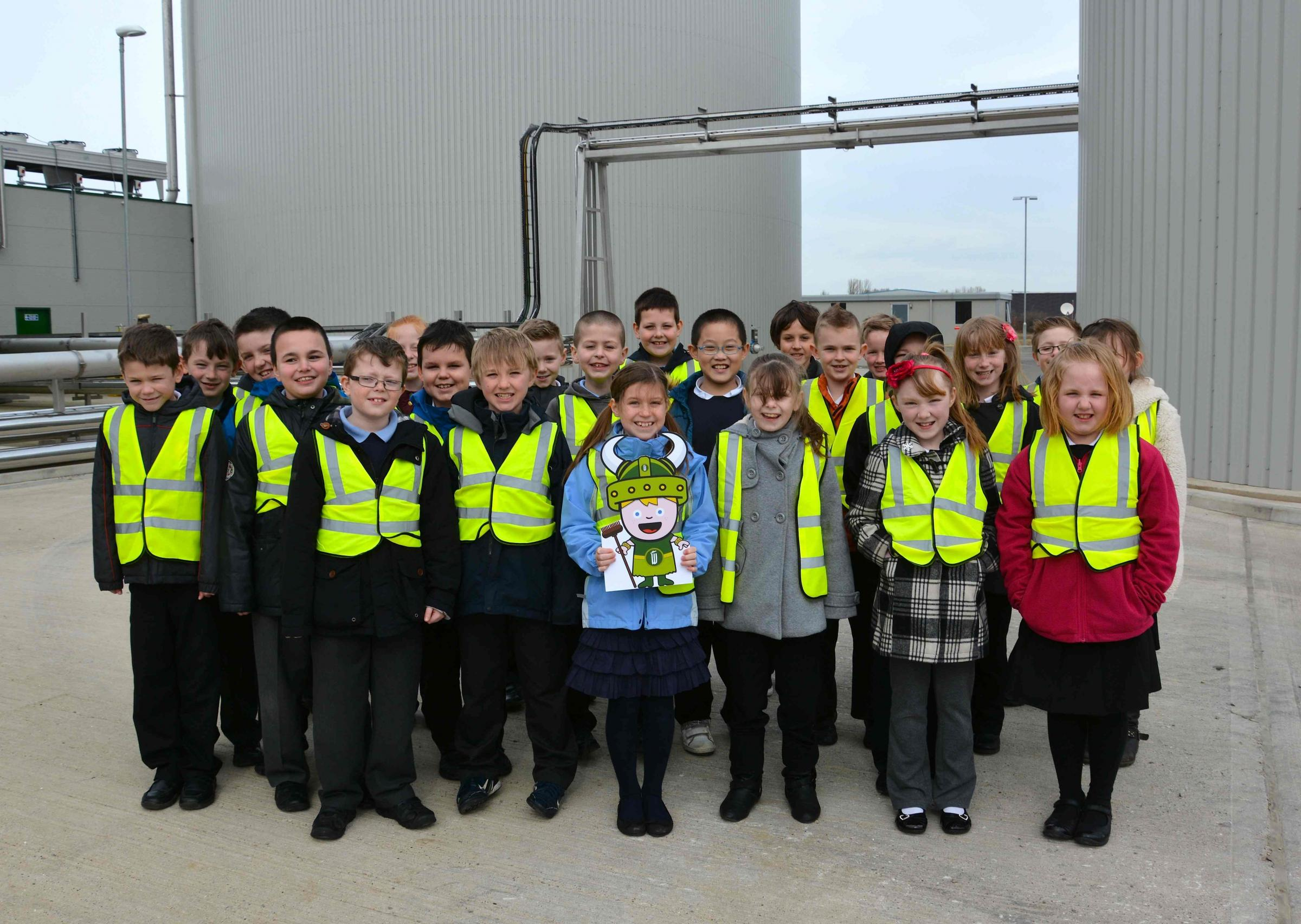 Primary school pupils waste no time learning about biogas