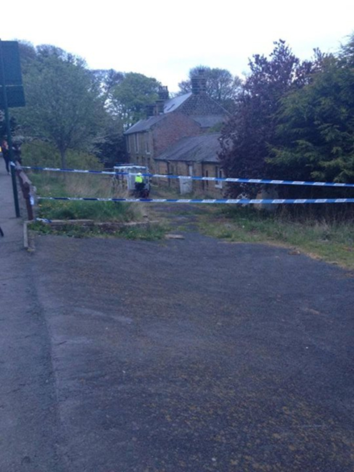 Teenagers find man's body in barn in Brotton