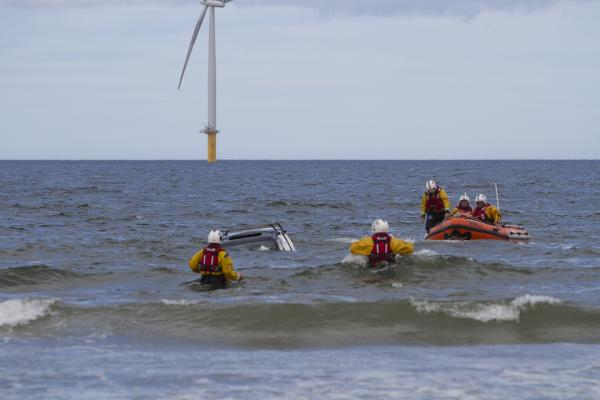 SUBMERGED VEHICLE: Redcar RNLI to the rescue