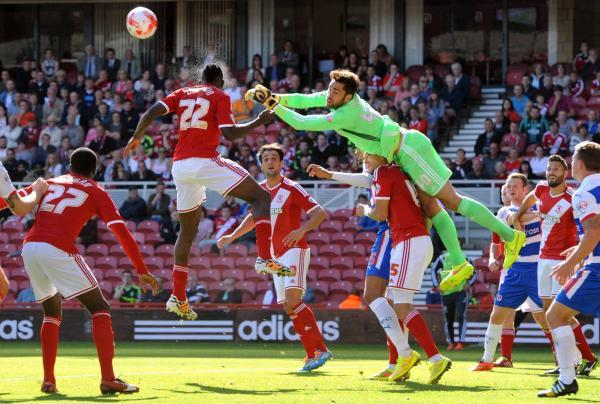 DEFENCE FIRST: Middlesbrough goalkeeper Tomas Mejias clears a corn