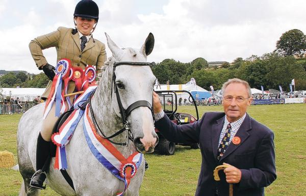 GLENDALE SHOW STAR: Rachel Robson on Willow Park with judge John Dykes