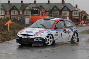 Bardy roars to Blackpool podium place after late arrival