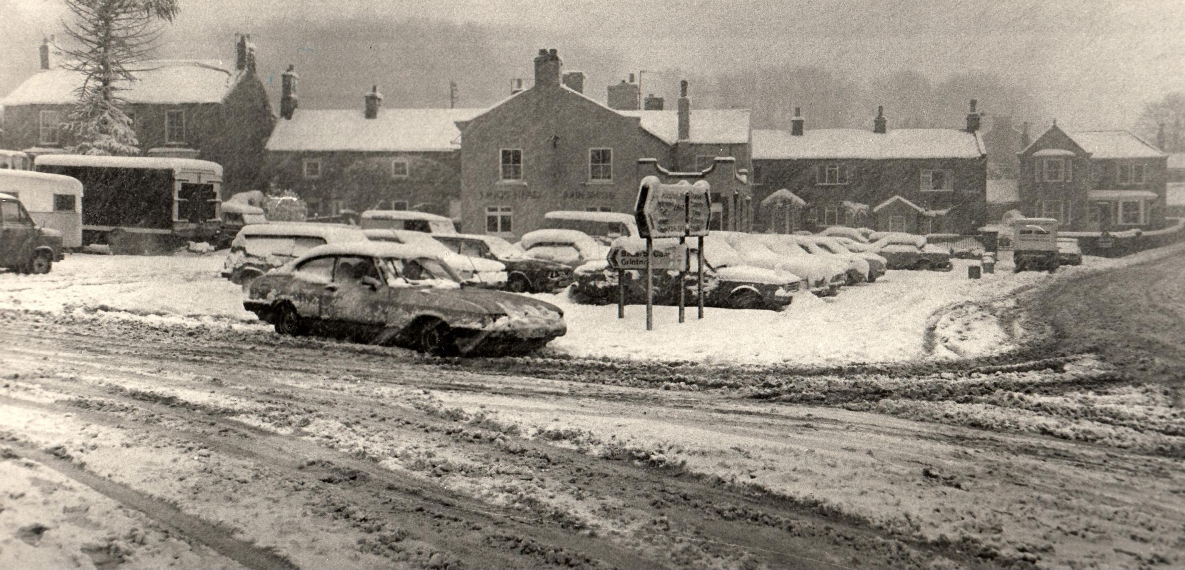 What sort of vehicle is that in the snow in Leyburn in 1981? Readers are unanimous in their response