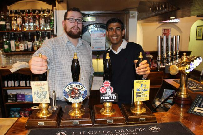 Rishi Sunak with Michael Hunt, landlord of The Green Dragon, Bedale