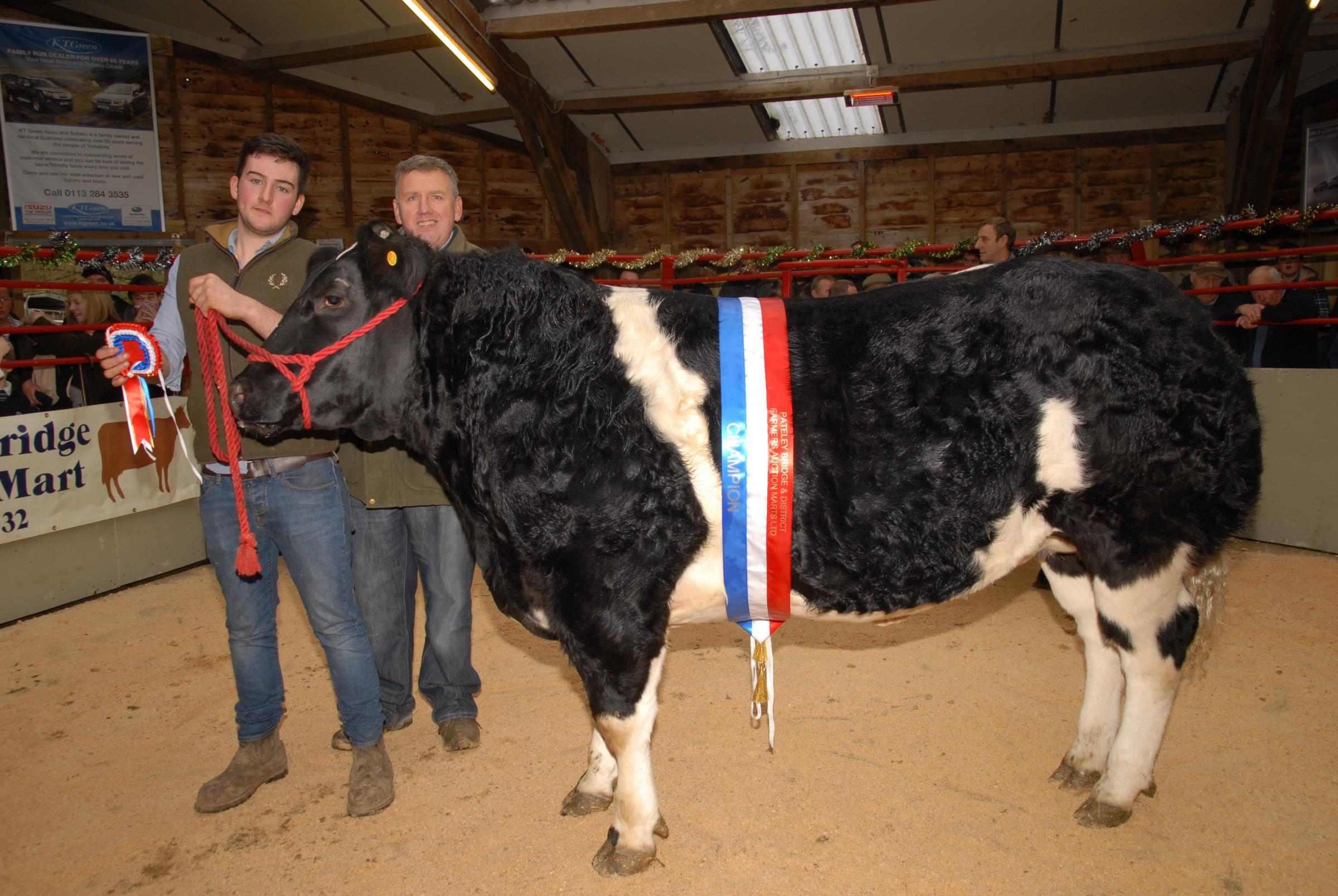 Pateley Briudge - L to r  Liam Rodney (Vendor) Nick Dolby (Judge)