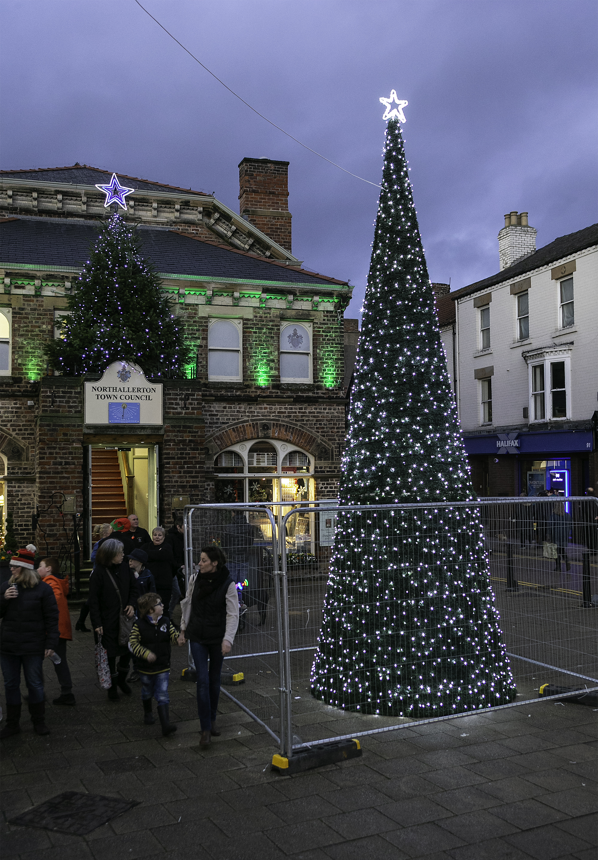 LIGHTS: Northallerton's tree – dubbed Britain's worst when it was first put up – was lit up in all its glory last night		        Picture: CLICK CLICK WORDS AND PICTURES